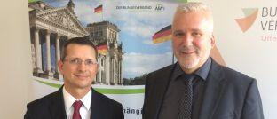 AfW-Vorstand Norman Wirth (l.) und BdV-Vorstandssprecher Axel Kleinlein wollen die Rechte der Versicherten bei einem Run-Off stärken.