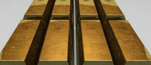 Goldbarren. Vermittler, die Goldsparpläne des unter Betrugsverdacht geratenen Anbieters PIM Gold vermittelt haben, könnten auf Schadenersatz verklagt werden.