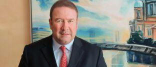 Rainer M. Jacobus: Der Vorstandsvorsitzende der Berliner Ideal Versicherungsgruppe ist Aufsichtsratsvorsitzender der Maklerpools BCA aus Oberursel.
