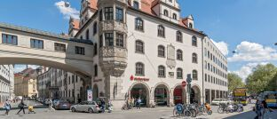 Hauptstelle der Stadtsparkasse München im Tal: Das Institut hat diese Woche Kündigungsschreiben an fast 30.000 Kunden verschickt.