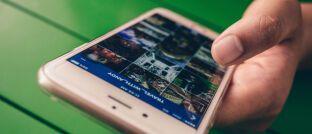 """Smartphone-Nutzer: Mit den richtigen Tools erreichen Makler laut Jörg Richard von Sobaco Betax auch """"App-affine Kunden aus den Generationen Y oder Z""""."""
