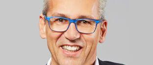 Henry Läpple: Der Versicherungsmakler aus Fellbach übergab sein Unternehmen zum 1. Januar an Policen Direkt, dem nach eigenen Angaben Deutschlands wichtigsten Akteur im Zweitmarkt für Lebensversicherungen.