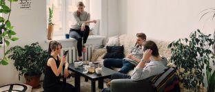 Zu Hause mit Freunden: Der Wohn-Riester wurde 2008 ins Leben gerufen um den Kauf von Wohneigentum zu fördern.