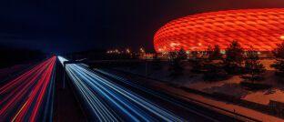Allianz-Arena in München: Die Allianz Lebensversicherungs-AG (Allianz Leben) bietet ihren Kunden weiterhin eine Gesamtverzinsung von mehr als 3 Prozent.