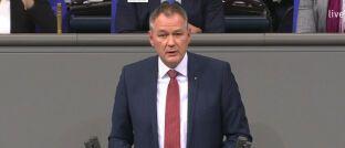 Carsten Brodesser (CDU) während seiner Rede am 12. Februar im Bundestag. Brodesser ist Mitglied im Finanzausschuss des Hauses.