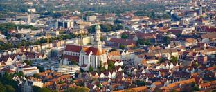 Augsburg: Die Augsburger Aktienbank, die in der Stadt ihren Sitz hat, soll vor einem Verkauf stehen.