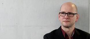 DAS-INVESTMENT-Redakteur Andreas Harms findet die Schwarze Null gar nicht so schlecht, weil sie der Regierung Spielraum verschafft hat.