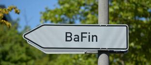 Wegweiser zur Finanzaufsichtsbehörde am Standort Bonn: Die Bafin nimmt auch Verbraucherbeschwerden entgegen.