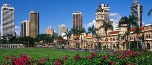 Skyline von Kuala Lumpur in Malaysia: Schwellenländeranleihen in Lokalwährungen sehen vielversprechend aus.