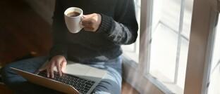 Online-Vertrieb: Den stationären Krankenzusatz-Tarif PSG der Hansemerkur können Kunden jetzt auch von zuhause im Online-Shop der Kaffekette Tchibo abschließen.