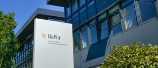 Bafin-Sitz in Bonn: Vermittler mit Erlaubnis nach 34f und 34h Gewerbeordnung sollen ab 2021 von der Bundesanstalt für Finanzdienstleistungsaufsicht beaufsichtigt werden. Bisher sind Industrie- und Handelskammern oder örtliche Gewerbeämter zuständig.