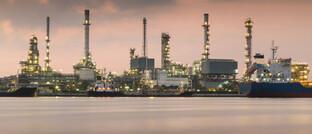 Schwere Zeiten auch für Öl-Raffinerie: Der jüngste Machtkampf innerhalb der Opec+ und das Corona-Virus trifft das Ölgeschäft als gesamtes.