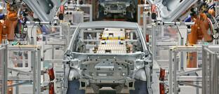 Automatisierte Serienproduktion im VW-Werk in Zwickau: Digitalisierung wird zur Überlebensfrage für zahlreiche Unternehmen.