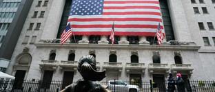 Börse in New York: Das Corona-Virus erschüttert die internationalen Aktienmärkte.