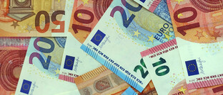 """Euroscheine: Hiesige Verbraucher horten aktuell mehr Bargeld als gewöhnlich. Die Autoren einer Untersuchung von Barkow Consulting sprechen von einem """"Corona-Sondereffekt""""."""