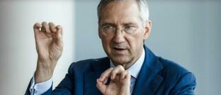 """Bert Flossbach, Gründer und Vorstand von Flossbach von Storch: """"Staatsanleihen, Konto- und Sparguthaben werden in der nun vor uns liegenden Ära der Finanzrepression langsam, aber sicher, ihre Kaufkraft verlieren."""""""