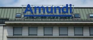 Amundi-Schriftzug am Schwarzenbergplatz in Wien