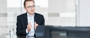 Patrick Dahmen: Der promovierte Wirtschaftswissenschaftler ist Vorstandsvorsitzender der HDI Lebensversicherung und verantwortet im Vorstand der HDI Deutschland die Bereiche Leben und Kapitalanlagen.