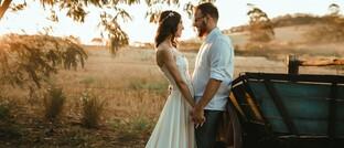 Hochzeit: Die Eheleute stehen zwar laut Gesetz finanziell füreinander ein, haften aber nicht für das Fehlverhalten des Anderen gegenüber der PKV.
