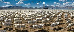 Solarpark in der kalifornischen Wüste