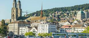 Zürich (Schweiz), Hauptsitz der Zurich-Versicherungsgruppe: Das Unternehmen hat eine neue Geschäftseinheit ins Leben gerufen.