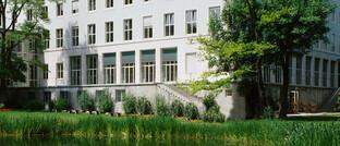 Allianz-Hauptgebäude in München: Der Versicherungsriese landet in der Markenstudie von Heute und Morgen auf Rang 2.