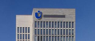 Hauptgebäude von Union Investment in Frankfurt: Wegen Verdachts auf verbotenen Insider-Handel ist ein Fondsmanager von Union Investment jetzt in Untersuchungshaft genommen worden.