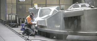 Schweißer in einer Eisengießerei in Torgelow, Deutschland. Die Wirtschaft der Eurozone scheint sich zu erholen, sagt Darren Williams.