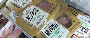 Frikadellen von Beyond Meat: Fleischersatz liegt im Trend.