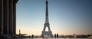 Europäisches Wahrzeichen Eiffelturm in Paris: Vermögensverwalter Source for Alpha hat ausgewertet, welche Branchen in Europa besonders gewinnbringend arbeiten.