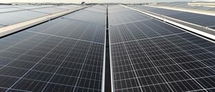 Solaranlage in Tschechien: Der Main Sky Active Green Bond soll den Bloomberg Barclays MSCI Global Green Bond Index übertreffen.