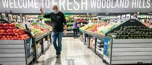 Neu eröffneter Amazon-Supermarkt in Woodland Hills, Kalifornien: Die Aktie des Alleshändlers ist die derzeit größte Position im Pictet TR-Atlas.