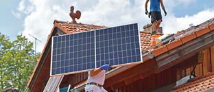 Solarmodule auf einem Hausdach