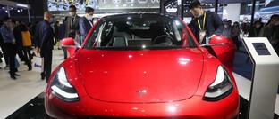 Tesla auf der Auto-Messe in Shanghai im November 2020