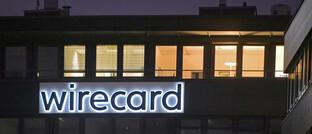 Beleuchtete Fenster in der Wirecard-Zentrale in Aschheim