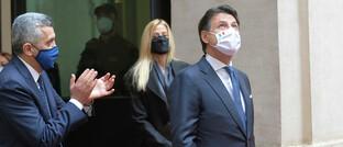 Der ehemalige italienische Premier Giuseppe Conte mit Freundin Olivia Paladino, kurz nachdem Nachfolger Mario Draghi die Geschäfte übernahm