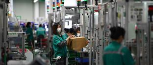 Mitarbeiter von Schneider Electric in China