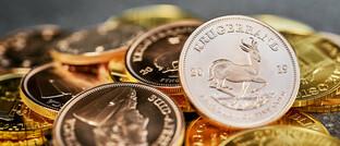 Großer Haufen Goldmünzen