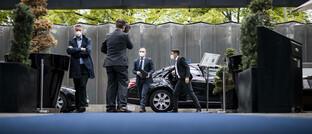"""Bundesaußenminister Heiko Maas auf dem Weg zu einer EU-Videokonferenz zum Thema """"Aktionsplan Menschenrechte"""""""