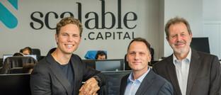 Erik Podzuweit, Florian Prucker und Stefan Mittnik, die Gründer von Scalable Capital