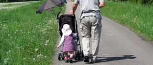 Großvater mit Enkeltochter