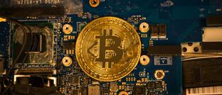 Bitcoins werden mithilfe von Hochleistungsrechnern hergestellt