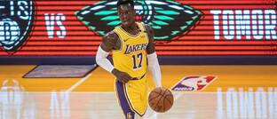 Star der Los Angeles Lakers Dennis Schröder beim NBA-Spiel gegen Utah Jazz am 19. April in Los Angeles