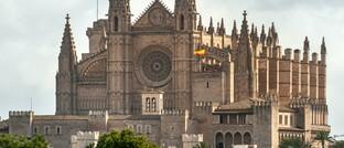 Kathedrale der Heiligen Maria in Palma, Hauptstadt der spanischen Mittelmeerinsel Mallorca