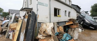 Aufräumen nach der Flutkatastrophe im Ahrtal