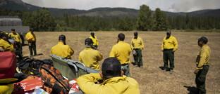 Private Feuerwehrleute in der Nähe von Waldbränden in Nordkalifornien