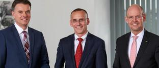 Der Itzehoer-Vorstand Christoph Meurer, Uwe Ludka (Vorsitz) und Frank Thomsen (v. li.).