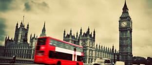 Big Ben und Westminster Abbey in London