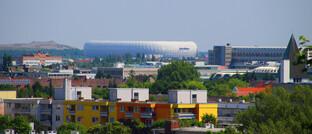 Die Allianz-Arena in München ist von weiter Entfernung aus sichtbar