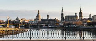 Historische Altstadt von Dresden mit Oberlandesgericht (Bildmitte)